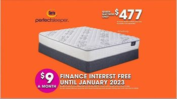 Rooms to Go TV Spot, 'Hot Buys: Mattresses' - Thumbnail 6