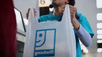 Goodwill TV Spot, 'Clothing and Accessories Amazing Finds' - Thumbnail 9