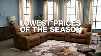 Macy's Labor Day Sale TV Spot, 'Furniture Sets and Rugs' - Thumbnail 2