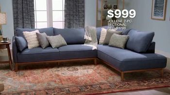 Macy's Labor Day Sale TV Spot, 'Furniture Sets and Rugs' - Thumbnail 5