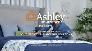 Ashley HomeStore Labor Day Mattress Sale TV Spot, 'Free Sonos Speaker' - Thumbnail 8