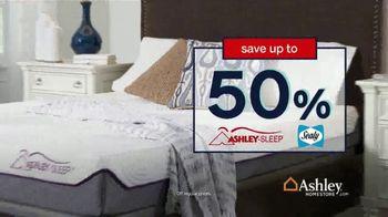 Ashley HomeStore Labor Day Mattress Sale TV Spot, 'Free Sonos Speaker' - Thumbnail 3