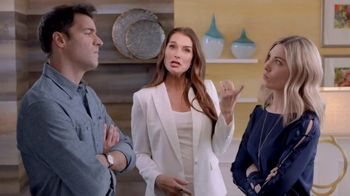 La-Z-Boy Labor Day Sale TV Spot, 'Duo: Best of Both' Feat. Brooke Shields - 90 commercial airings