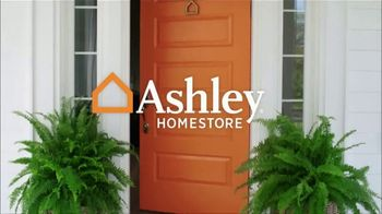 Ashley HomeStore Labor Day Sale TV Spot, 'Queen Cream Upholstered Bed' - Thumbnail 1