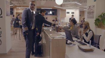 T-Mobile TV Spot, 'Univision: La Piloto' [Spanish] - Thumbnail 2