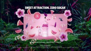 Absolut Grapefruit TV Spot, 'Sweet Attraction' - Thumbnail 6