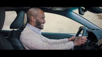 2019 Toyota Avalon TV Spot, 'Catch Me If You Can' [T1] - Thumbnail 9