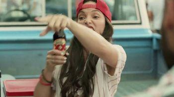 Dos Equis TV Spot, 'Cerveza Express' Featuring Steve Spurrier - Thumbnail 5