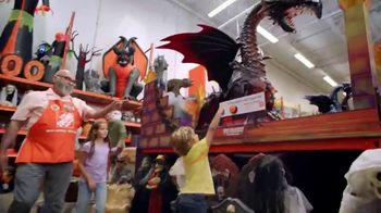 The Home Depot TV Spot, 'Sácale provecho a esta temporada' [Spanish] - Thumbnail 3