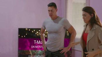 T-Mobile TV Spot, 'Univision: Llama a tía' [Spanish] - Thumbnail 7