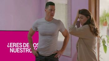 T-Mobile TV Spot, 'Univision: Llama a tía' [Spanish] - Thumbnail 8