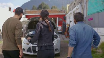 T-Mobile TV Spot, 'Univision: La Piloto: Mechanics' - Thumbnail 1