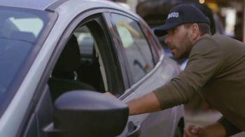 T-Mobile TV Spot, 'Univision: La Piloto: Mechanics' - Thumbnail 5