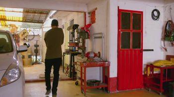 T-Mobile TV Spot, 'Univision: La Piloto: Mechanics' - Thumbnail 8