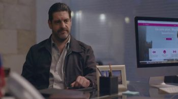 T-Mobile TV Spot, 'Univision: Secret Computer Meeting' - Thumbnail 8