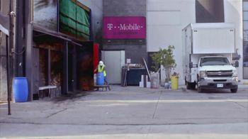 T-Mobile TV Spot, 'Univision: La Piloto: Club' - Thumbnail 1