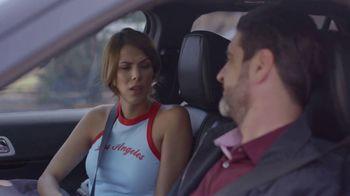 T-Mobile TV Spot, 'Univision: La Piloto: Club' - Thumbnail 3