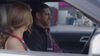 T-Mobile TV Spot, 'Univision: La Piloto: Club' - Thumbnail 4