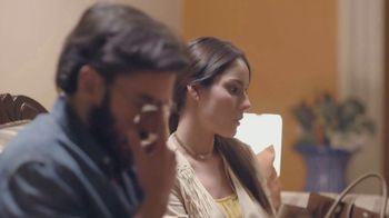 T-Mobile TV Spot, 'Univision: Descansar' [Spanish] - Thumbnail 10