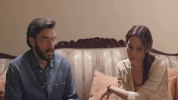 T-Mobile TV Spot, 'Univision: Descansar' [Spanish] - Thumbnail 4