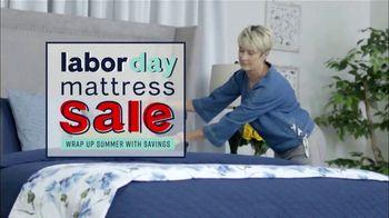 Ashley HomeStore Labor Day Mattress Sale TV Spot, 'Take Advantage' - Thumbnail 3