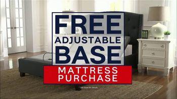 Ashley HomeStore Labor Day Mattress Sale TV Spot, 'Take Advantage' - Thumbnail 6