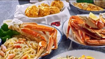 Red Lobster Crabfest TV Spot, 'Roll Up Your Sleeves, Crabfest Is Back!' - Thumbnail 9