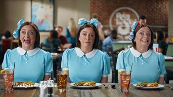 Ruby Tuesday 3-Course Meal TV Spot, 'Triplets' Featuring Rachel Dratch - Thumbnail 6