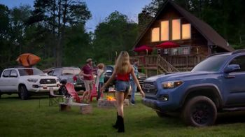 2018 Toyota Tacoma TV Spot, 'Endless Weekend' Song by Chase Rice [T2] - Thumbnail 10