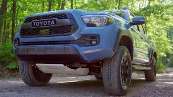 2018 Toyota Tacoma TV Spot, 'Endless Weekend' Song by Chase Rice [T2] - Thumbnail 3