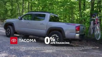 2018 Toyota Tacoma TV Spot, 'Endless Weekend' Song by Chase Rice [T2] - Thumbnail 7