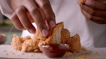 Popeyes $5 Boneless Wing Bash TV Spot, 'A Great Party' - Thumbnail 3
