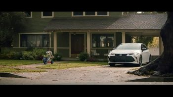 2019 Toyota Avalon TV Spot, 'Let's Race' - Thumbnail 1