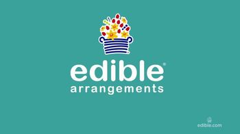 Edible Arrangements FruitFlowers Bouquet TV Spot, 'Birthday-ible' - Thumbnail 1