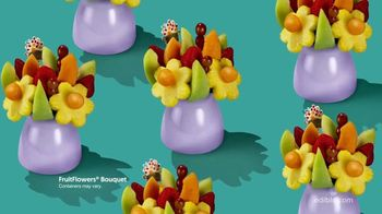 Edible Arrangements FruitFlowers Bouquet TV Spot, 'Birthday-ible' - Thumbnail 5