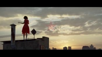 Macy's July 4th Sale TV Spot, 'Remarkable You' Song by Brenton Wood - Thumbnail 10