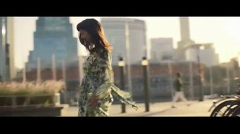 Macy's July 4th Sale TV Spot, 'Remarkable You' Song by Brenton Wood - Thumbnail 8