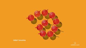 Edible Arrangements Fresh Fruit Smoothies TV Spot, 'By the Pool' - Thumbnail 6