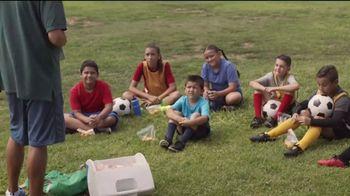 Chick-fil-A TV Spot, 'Buen provecho: gracias al entrenador Alex' [Spanish] - Thumbnail 4