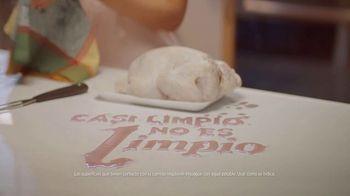 Clorox Disinfecting Wipes TV Spot, 'Casi limpio no es limpio' [Spanish] - Thumbnail 3