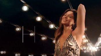 Dove TV Spot, 'Fashion-Ready Underarms' - Thumbnail 4