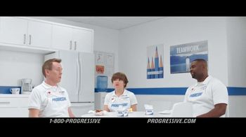 Progressive TV Spot, 'Deserted' - Thumbnail 10