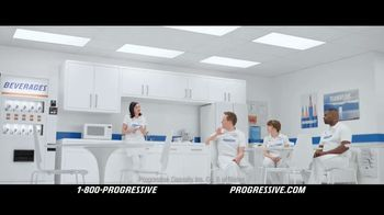Progressive TV Spot, 'Deserted' - Thumbnail 8