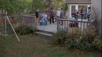 Lowe's 4th of July Savings TV Spot, 'Good Backyard: Trimmer or Blower' - Thumbnail 1