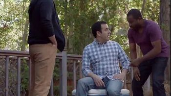 Lowe's 4th of July Savings TV Spot, 'Good Backyard: Trimmer or Blower' - Thumbnail 2