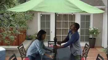 Lowe's 4th of July Savings TV Spot, 'Good Backyard: Trimmer or Blower' - Thumbnail 8