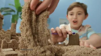 Kinetic Beach Sand Kingdom TV Spot, 'Squeezy Good'