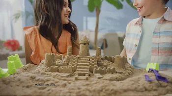 Kinetic Beach Sand Kingdom TV Spot, 'Squeezy Good' - Thumbnail 6