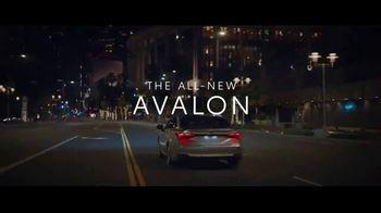 2019 Toyota Avalon TV Spot, 'Trojan Horse' [T1] - Thumbnail 10