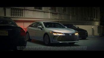 2019 Toyota Avalon TV Spot, 'Trojan Horse' [T1] - Thumbnail 9